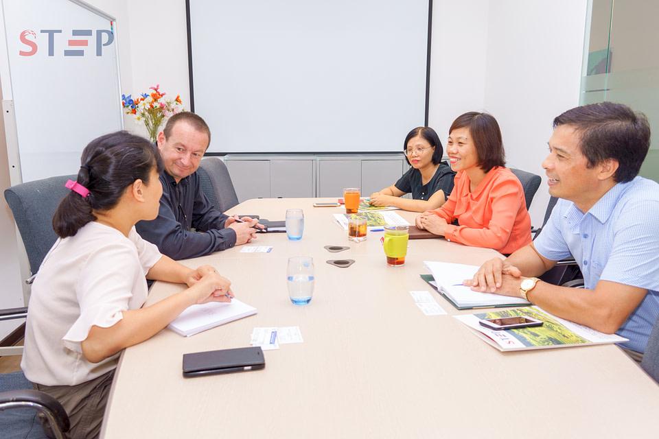 DFA Hai Phong meeting in the STEP office